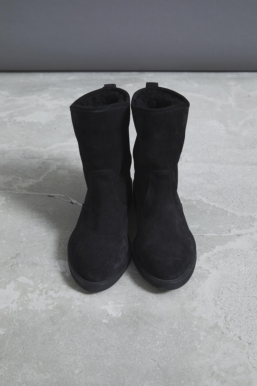 RERACS MOUTON SHORT BOOTS (BLACK)